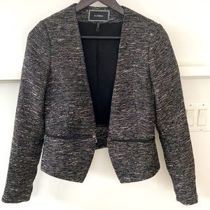 Le Chateau Blazer w/zipper accent